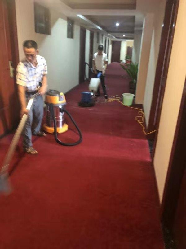 广安找附近保洁公司
