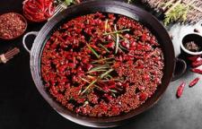 大理大理有重庆火锅培训的,新醅酒,红泥小火炉。典型的火锅食材包括各种肉