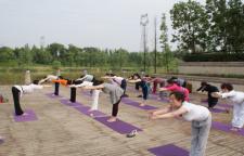 瑜伽练就你的完美身材,瑜伽改变的不单是女性的身材,也有着延缓衰老,提升