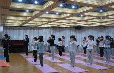 盘点孕期不适宜做的瑜伽动作,瑜伽的塑身效果也很明显。所以很多爱美女性即