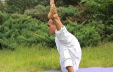 9个瑜伽开髋的体式分享,瑜伽动作,从髋关节的屈、伸、外展、内收、外旋、