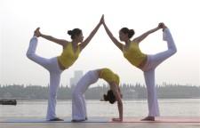分享给初学者的5个瑜伽体式,有待加强,每天坚持练习一些基础体式就很好了