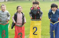 广州儿童感统训练班,感统训练中心以感觉统合训练为龙头,以学习能力提升课