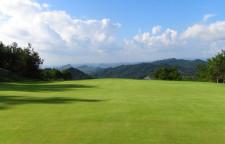 深圳高尔夫球教练培训,深圳高尔夫针对于全年培训,教学团队为每个学员量身