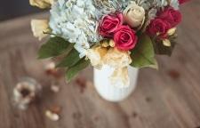 吴江上元花艺培训_苏州插花培训,布置一个优良的作品一个有灵魂的婚礼必须