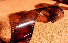 第二十五届大学生电影节开幕,34部国产片竞争主奖