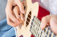 南山区吉他哪家比较好,吉他提高班培训优势:总部在罗湖,各分部位于南山、