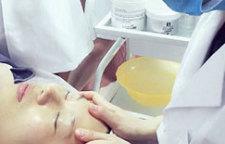 佛山美容师培训课程,此专业是新时代特色专业之一,为塑造国际专业高级美容