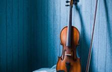 深圳东风华艺小提琴学习班,小提琴培训课程课程简介拉小提琴能使孩子的左右
