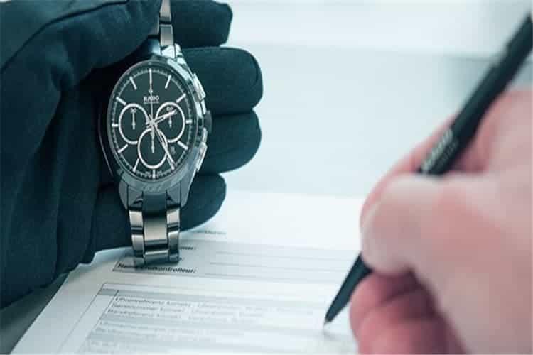 雅典手表维修中心上弦