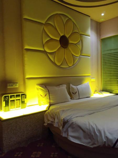 玉树藏族自治州放在宾馆房间的迷你售货机定制