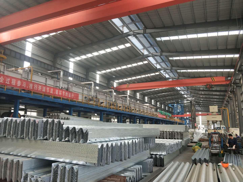 中宁县高速公路护拦板-波形梁护拦板多少钱一吨