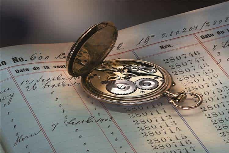 温州法穆兰手表维修中心手表受潮