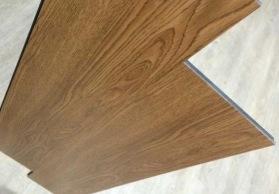 wpc木纹地板、wpc强化复合地板、强化地板、防潮防水防起泡地板