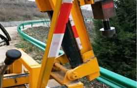 波形护栏厂家直销波形护栏生产现货公路护栏