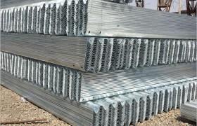 波形护栏 高速护栏 乡村道路护栏 生产厂