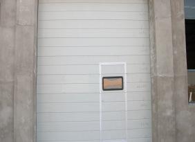 聊城工业翻板门、遥控翻板提升门