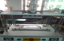 供應:定制型顯示屏壓合機