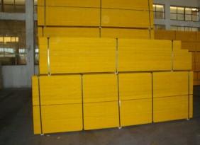 供应北京运动地板铺装用的松木LV来木龙骨