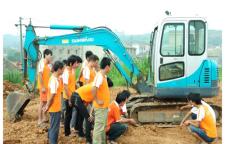 挖机培训、挖土机培训、挖掘机培训-就选兰天挖机