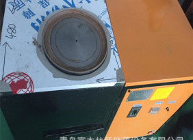 小面积颗粒采暖炉厂家直供 自动二级进料家用颗粒壁炉 厂家颗粒炉