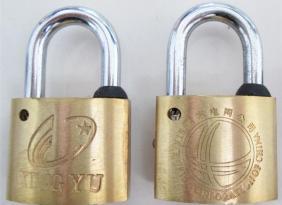 公司生产电力表箱铜挂锁