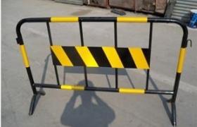 烤漆铁马 铁马护栏深圳哪有卖?