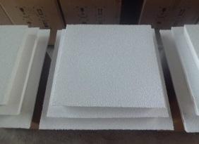 各种规格氧化铝材质陶瓷过滤板。过滤铝水,铝液