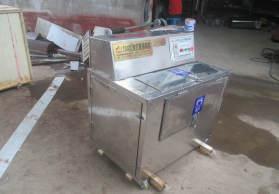 新型脱鱼鳞机卧式脱鱼鳞机厂家直销鱼肉加工厂专用设备