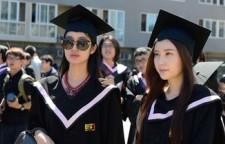 防晒霜什么牌子好 美肤宝为毕业游学生开护肤绿灯