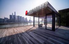 一起拍北外滩实景影棚:江景书房、天台、玻璃房、咖啡厅、办公室
