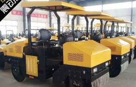 三吨全液压座驾式振动压路机工程工地农用果园单