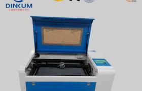 廠家直銷4060小型亞克力工藝品激光雕刻機不織布模型皮革切割機