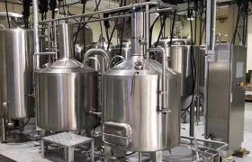 廠家直銷啤酒發酵罐_自釀啤酒設備_啤酒生產線精釀啤酒發酵設備