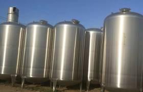 供應二手儲運設備大型酒廠儲罐化工儲罐純化水罐儲油罐質優價廉